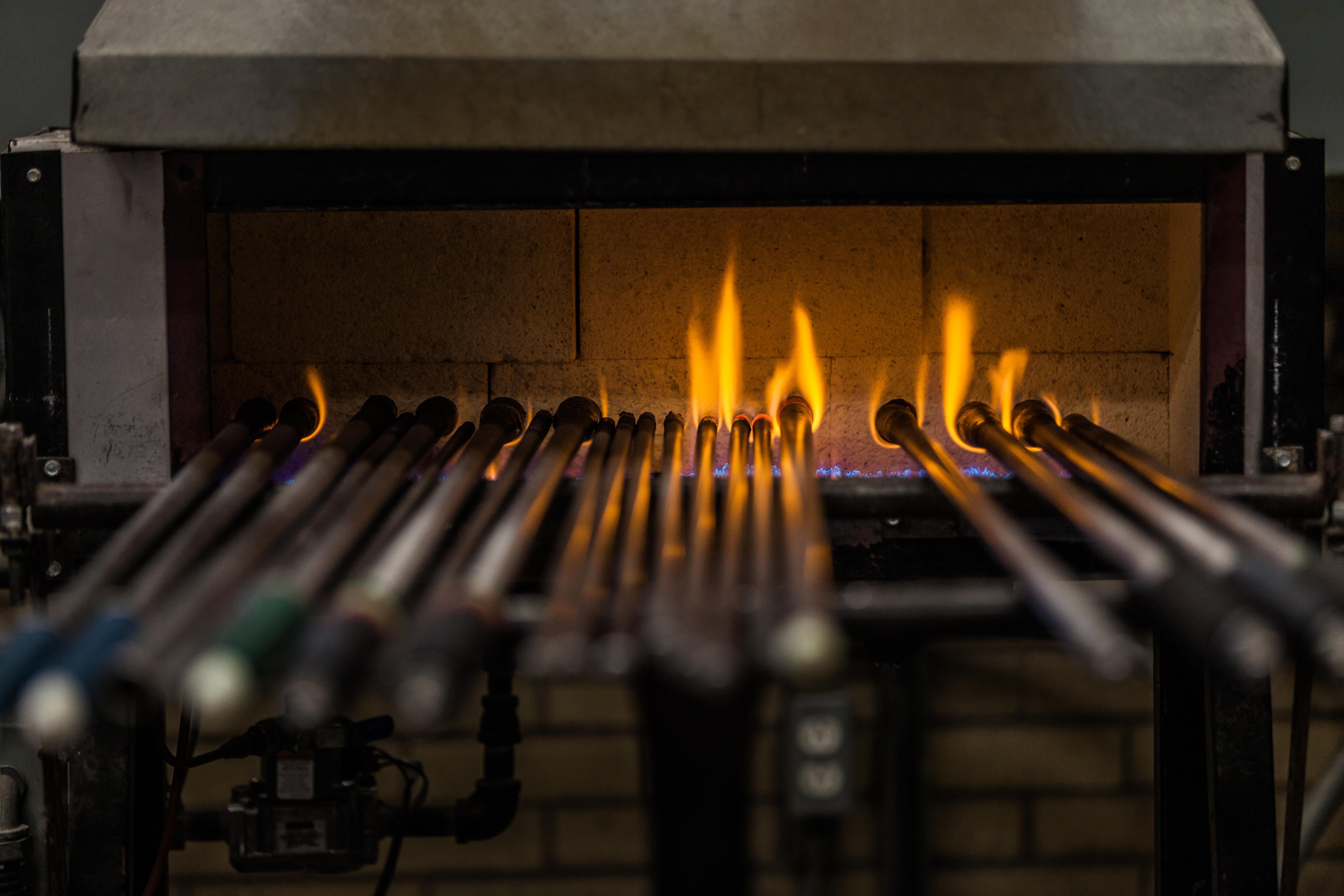 https://watt.co.uk/wp-content/uploads/2020/04/blowing-pipes-kept-warm-in-the-propane-oven-PTTSQK9.jpg